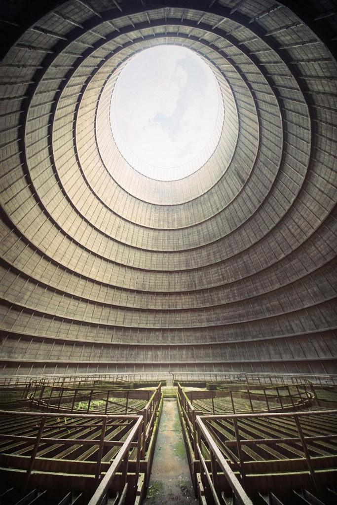 クーリングタワー内部