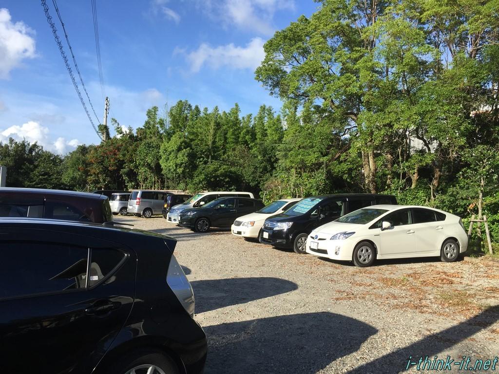 白浜御苑の駐車場