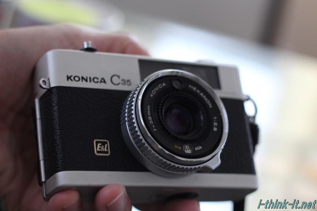 ジャンク品のCONICA製カメラ
