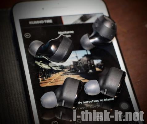 中華製ワイヤレスイヤホンと比較したAnker Soundcore Liberty Lite
