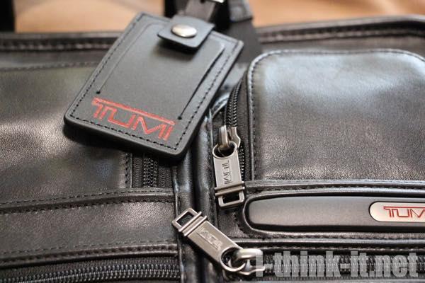 トゥミのビジネスバッグ