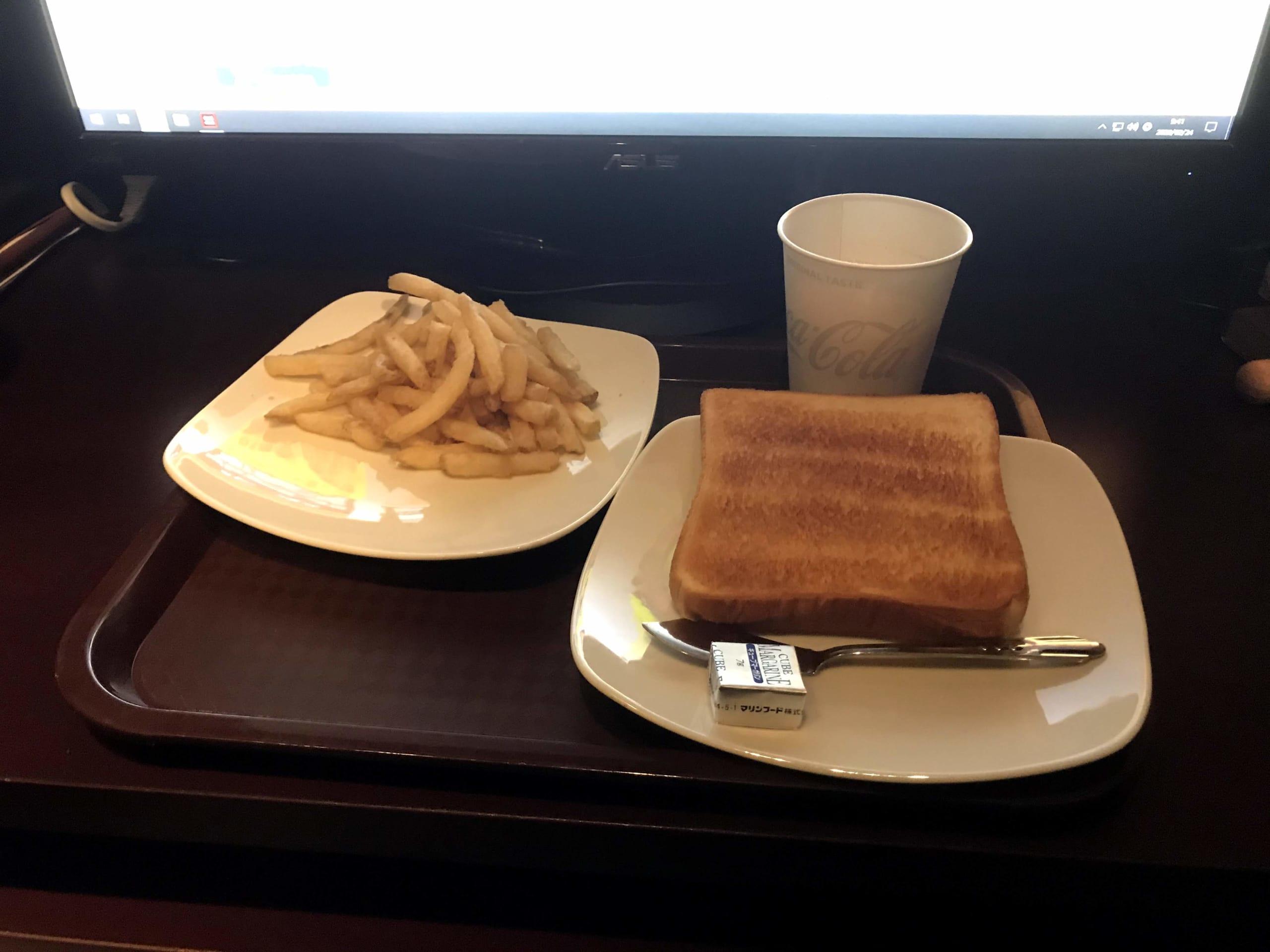 ポテトと食パン