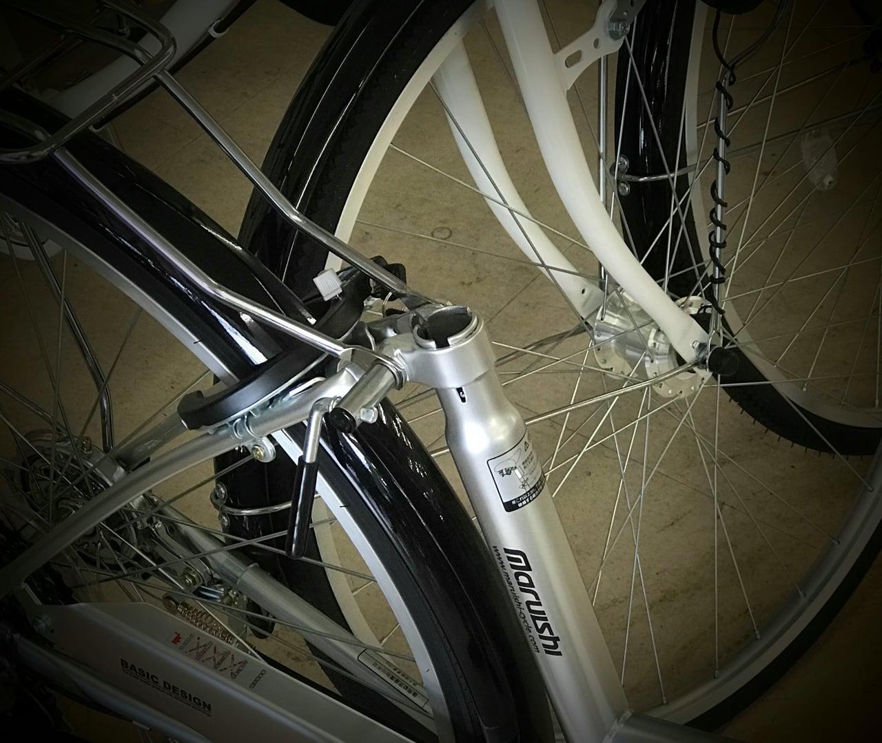 サドルが外された自転車