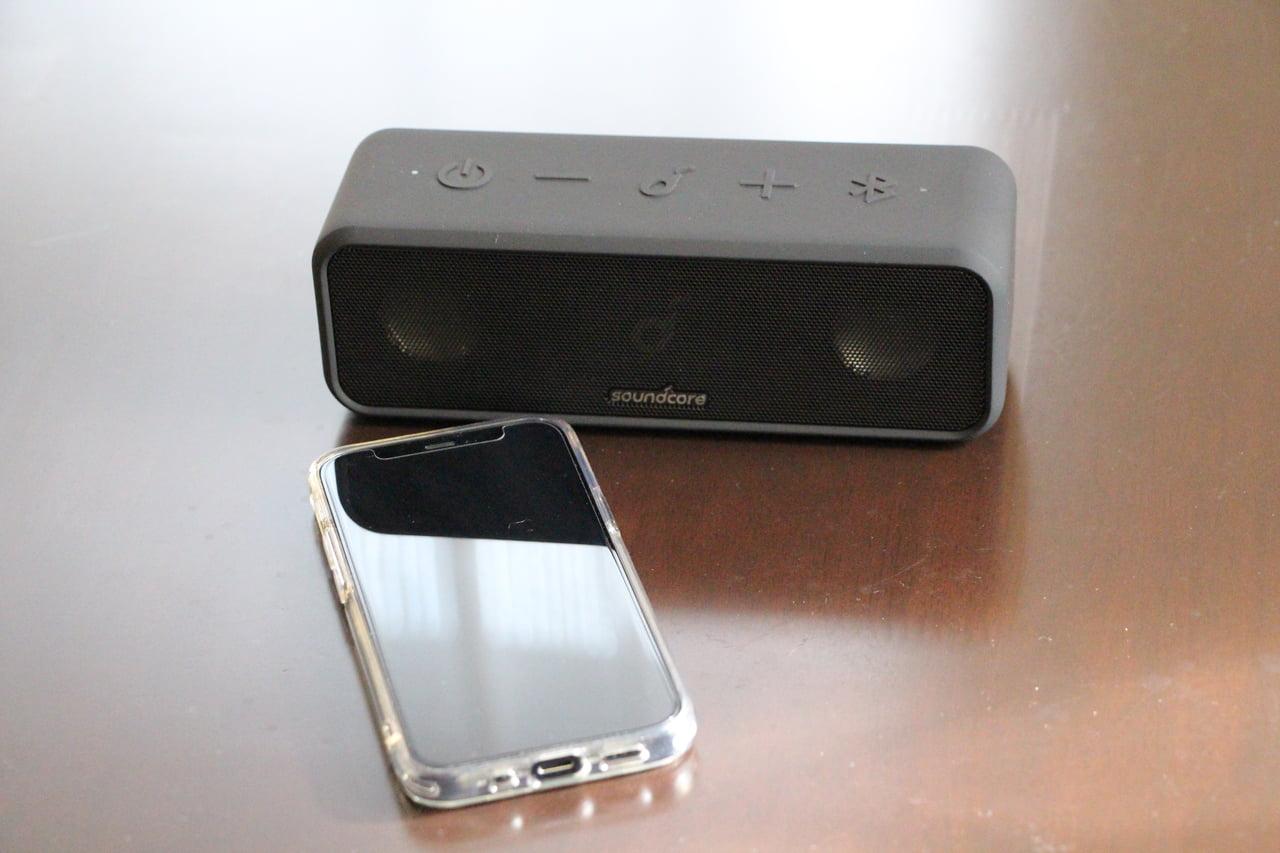 iphoneとsoundcore3